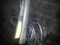 good condition ghd hair straighteners