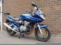 SUZUKI BANDIT GSF600S. GREAT CONDITION, JUST HAD FULL SERVICE, COMES WITH HUGGER AND TOPBOX!!!