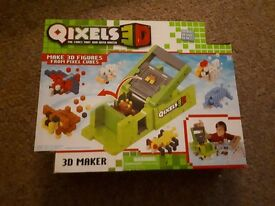 Qixels 3D maker - used twice but excellent condition - £15