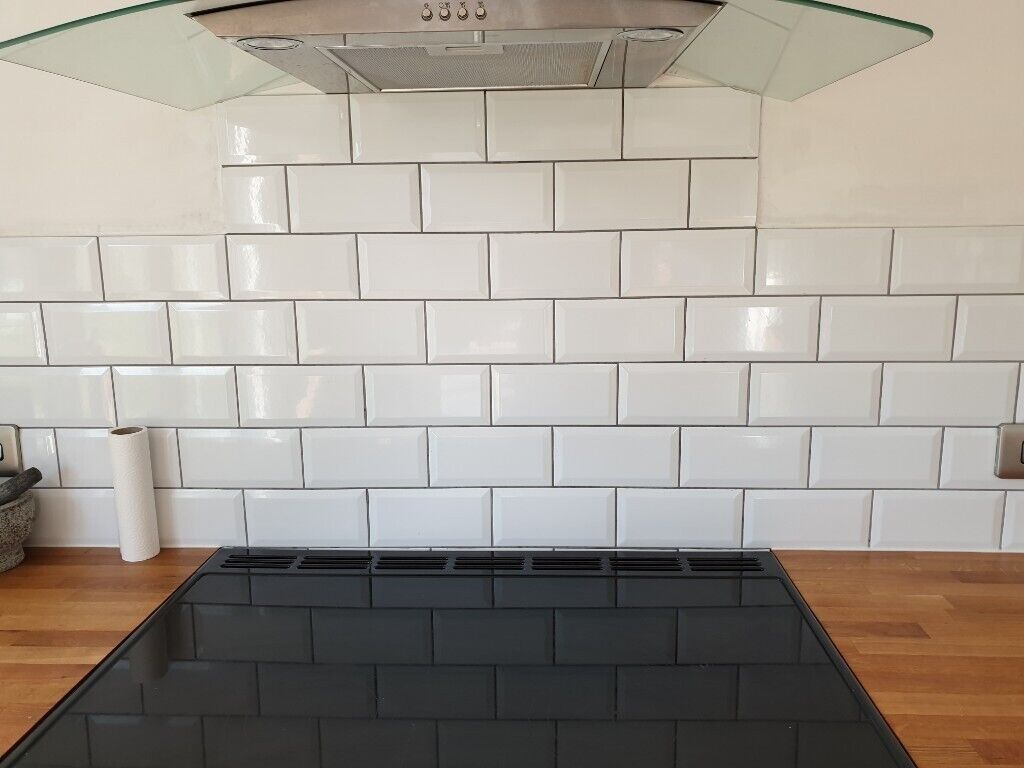 Grey White Metro Tiles 251 52 In Ipswich Suffolk Gumtree