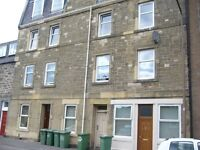2 bedroom fully furnished 3rd floor flat to rent on Market Street, Musselburgh, East Lothian