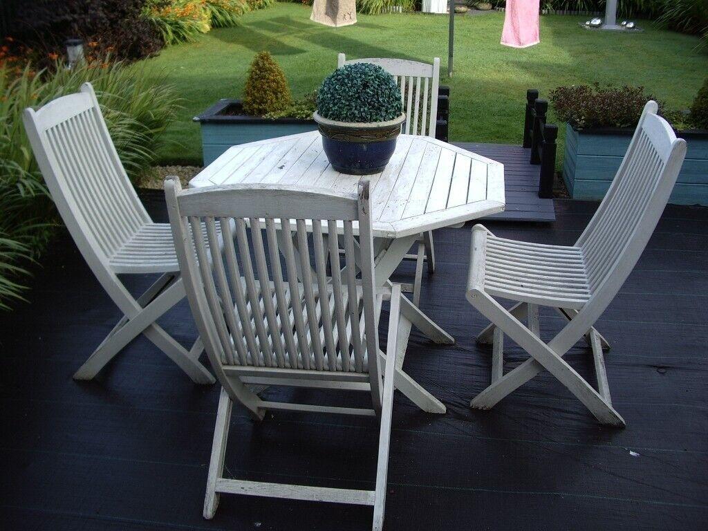 Fine White Garden Set In Shotts North Lanarkshire Gumtree Home Interior And Landscaping Mentranervesignezvosmurscom