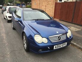 Mercedes kompressor blue petrol auto breaking for parts / spares - all parts available