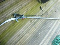telescopic hedge/bush trimmer