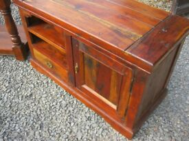 QUALITY STURDY SOLID PINE TV CABINET STAND. VIEWING / DELIVERY AVAILABLE