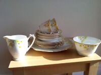 Set of antique English Bone China. Dainty pattern.