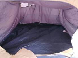 Pup up 4 person tent