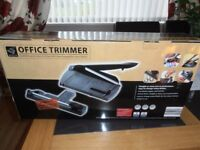 Office Trimmer - Gillotine and rotary trimmer with interchangeable rotary blades
