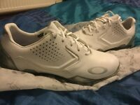 Brand new Oakley golf shoes