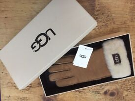 Genuine new UGG hand sewn gloves with tags