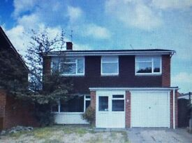 Detached 4 bedroom house , close to station & other amenities. Available immediately