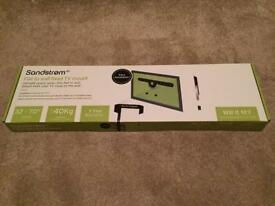 Sandstrom flat to wall TV mount 32-70""
