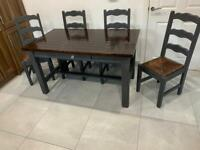 DINING ROOM TABLE 4 CHAIRS REDUCED FOR QUICK SALE