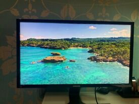 Samsung Ultra HD Monitor 28 inch with stand