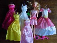 Doll+dresses+accessories set