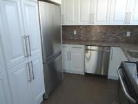 3 BD Penthouse 2 baths, In-suite laundry, Patio! (ideal for 50+)