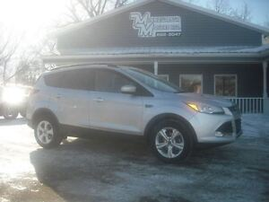 2014 Ford Escape SE FWD/122KM