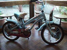 "**Very Good Condition** Apollo Cherry Lane Bike 16"""