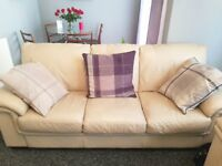 3&2seater Cream leather settee and armchair.