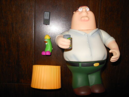 FAMILY GUY PETER GRIFFIN FIGURE WITH ACCESSORIES