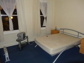 Lovely newly decorated double room to rent in Kilburn NW2 £165 per week