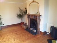 5 bed house with close access to hospital & unis