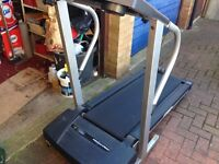 A PRO-FORM 360 P TREAD MILL RUNNING MACHINE IN FULL WORKING ORDER.