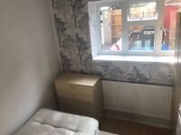 *** Nice Single Room in Wood Green, Available Now ***
