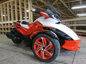 2015 Can-Am Spyder® ST-S - SE5 London Ontario image 2