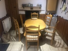 Extendable Pine Dining Table with 6 Chairs