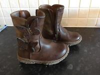 Girls boots infant size 6