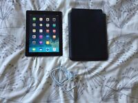 Apple iPad 4th Generation 9.7'' Screen, 16GB, WIFI, Retina Display with All Saints case and charger!