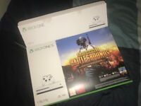 Xbox one s 1 TB plus controller