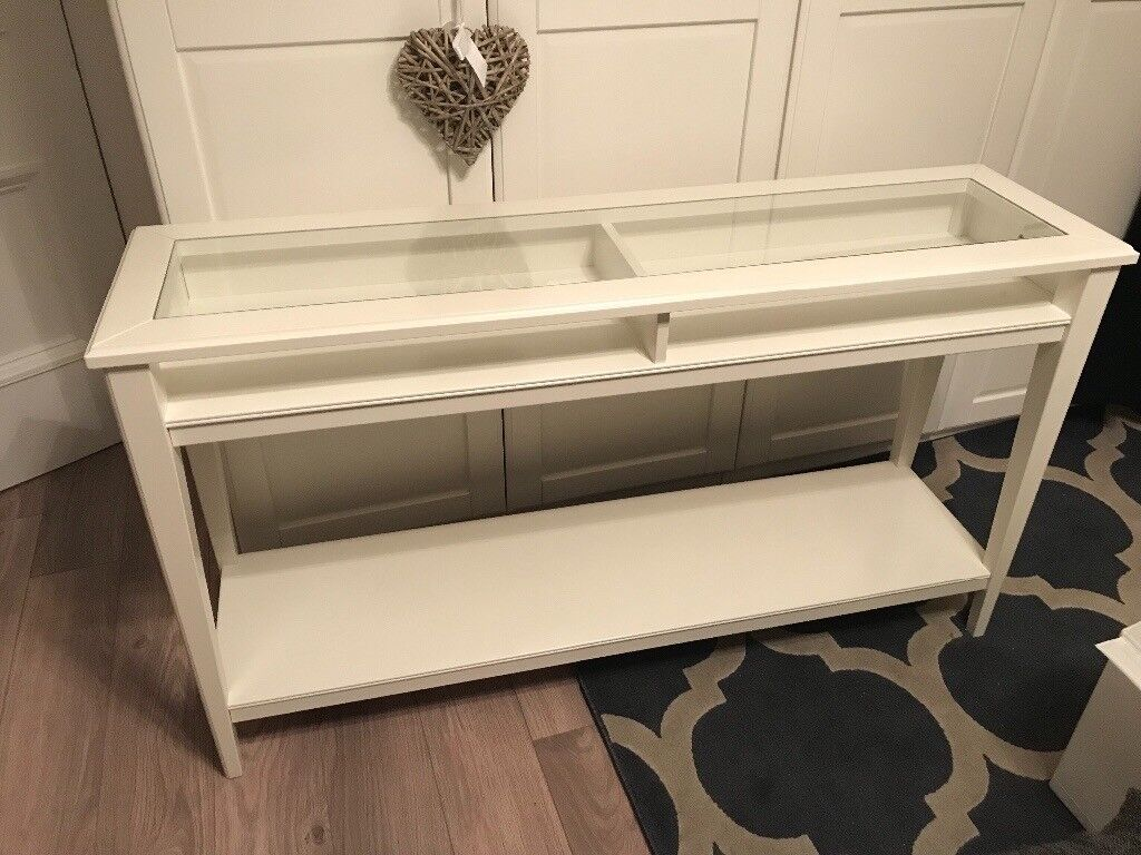 IKEA Liatorp console table excellent condition, sale due to changing colour scheme