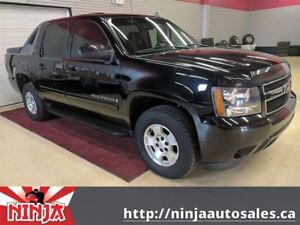 2007 Chevrolet Avalanche 1500 LT- Black Beauty Super Clean And S