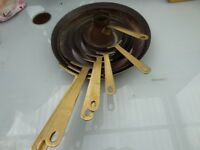 VINTAGE SET OF COPPER SAUTE/FRYING PANS BRASS HANDLES EX COND £25 O.N.O. DECORATIONAL GRADUATINSIZES