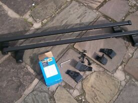 Halfords Roof Bars + Fittings