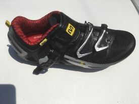 Mavic Cycling Shoes (Ladies size 4.5)