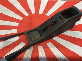 Nissan Sunny N14 Pulsar GTIR Centre console