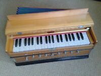 Bina Harmonium No.17 Deluxe - excellent condition