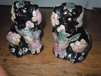 VINTAGE POTTERY BESWICK DOGS AND SMALL FLOWERED DOGS