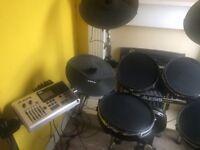 Alesis DM 10X Mesh Heads Electric Drum Set
