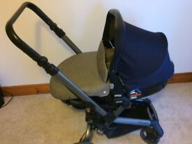Jane Rider Travel System including pushchair, matrix 2 carseat, isofix platform base and accessories