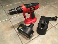 BLACK & DECKER 18V CORDLESS DRILL WITH POWER PACK CHARGER DRILL BITS CARRY CASE HEAVY DUTY