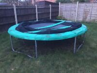 Trampoline 10ft and Enclosure
