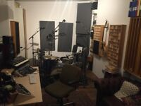 Finsbury Park - Professionally soundproofed music production and recording studio / rehearsal space