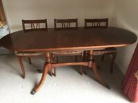dining room table with chairs & corner cabinet