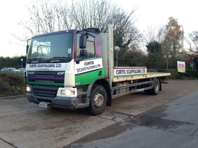 5b47443774 2007 56 reg DAF CF 65-220 18ton HGV FLATBED truck manual gearbox drives  mint can deliver any uk port