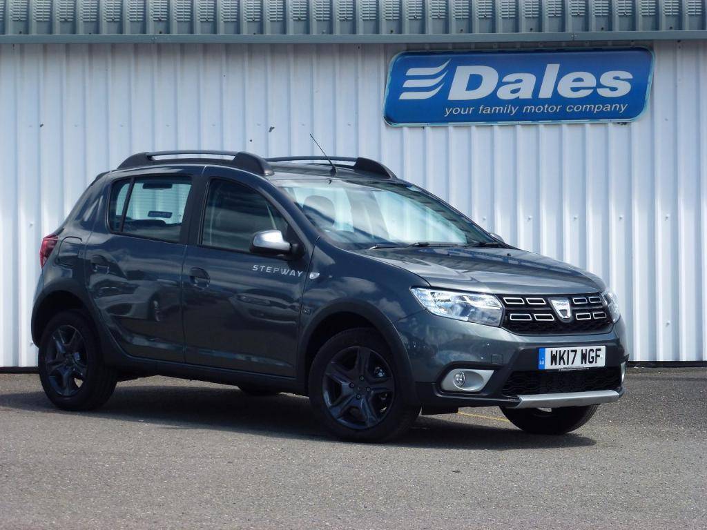 dacia sandero stepway 0 9 tce se summit 5dr grey 2017 in newquay cornwall gumtree. Black Bedroom Furniture Sets. Home Design Ideas