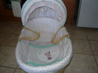 MINNIE MOUSE MOSES BASKET BY OBABY BRAND NEW FROM SHOP
